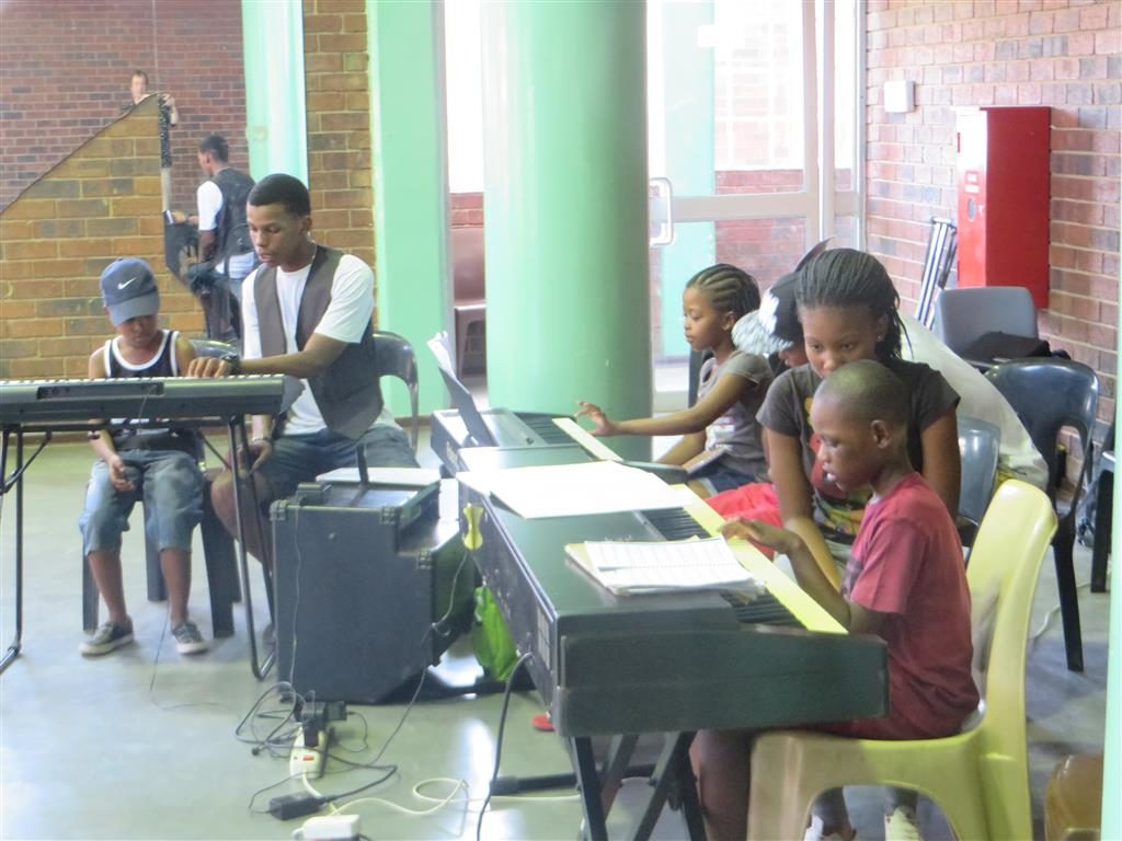 Welcome School of Music – Each one Teach one